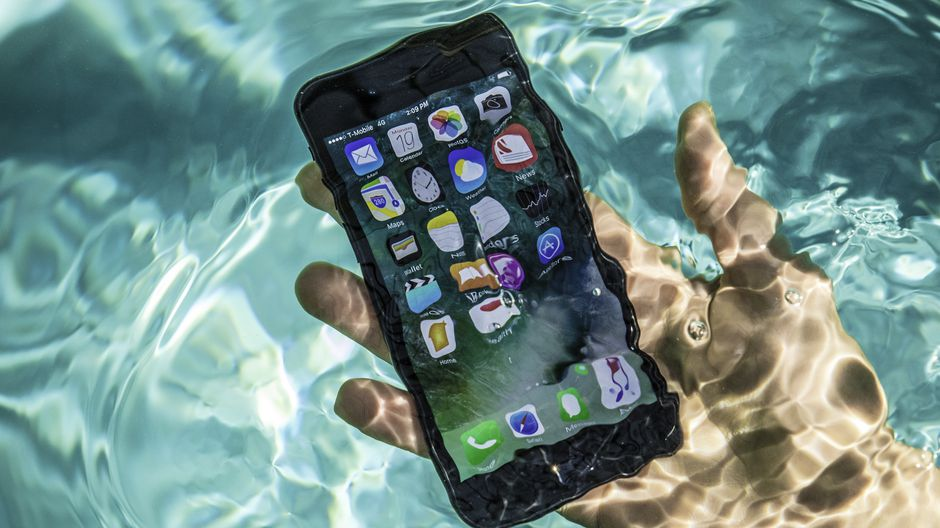 Eject Water From iPhone